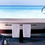 Hotel-bath-tub-jacuzzi-01