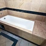 Hotel-bath-tub-jacuzzi-09