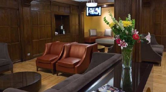 Tudor-Arms-Hilton-Doubletree-Hotel-Cleveland-01