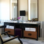 Hotel-Mirrors-08
