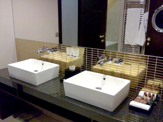 HOTEL PLUMBING FIXTURES « Hotel Wholesale Furniture Supplier